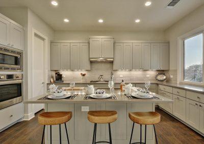 300-hi-cir-n-large-027-13-kitchen-and-breakfast-169-1499x1000-72dpi