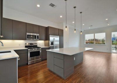 1801-e-2nd-st-large-018-unit-1-kitchen-and-breakfast-1500x995-72dpi