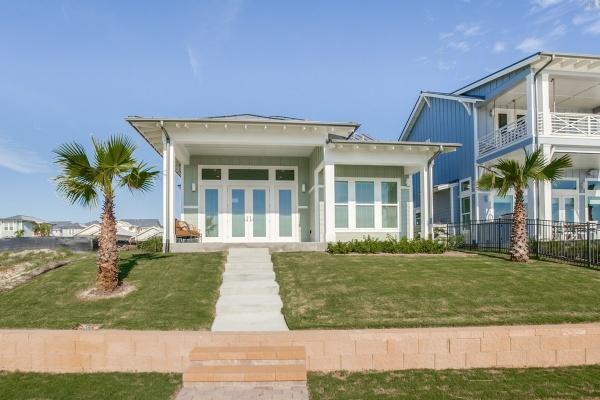 125 Reserve Lane,Rockport,Texas 78382,3 Bedrooms Bedrooms,2 BathroomsBathrooms,Reserve at St Charles Bay,Reserve Lane,1040